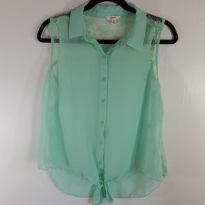 Candies | Mint Green Lace Sleeveless Top size XL